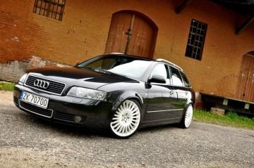Audi A4 kkkubek